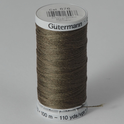 Gutermann Super Strong №40 100м цвет 676